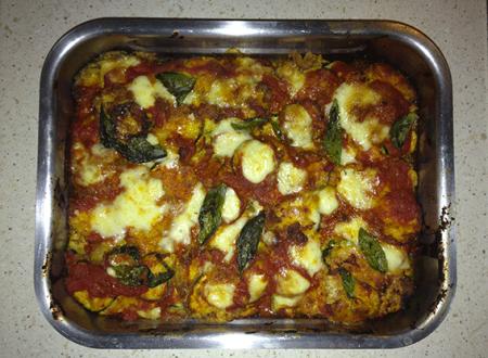 Parmigiana di zucchine con mozzarella di bufala